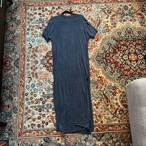 Lululemon maxi dress w/side slit